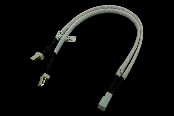 Y-Cable 3Pin Molex to 2x 3Pin Molex 30cm - UV white